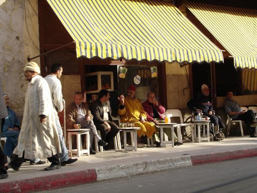 قرار هام لأرباب المطاعم والمقاهي بالمغرب