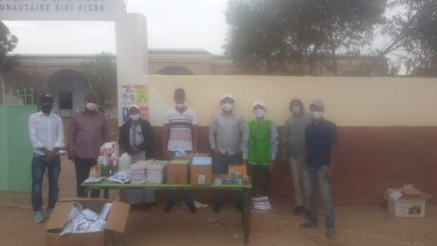 تارسواط :جمعية آيت أوسعيد للتنمية والتعاون توزع لوازم صحية و مدرسية بإزربي (الصور)