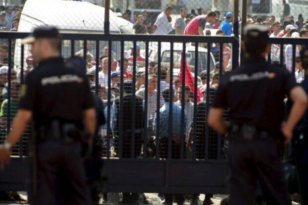 إسبانيا تعلن إغلاق معابر سبتة و مليلية إلى 31 أكتوبر !