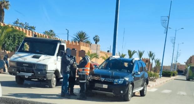 تيزنيت…حادثة سير تخلف اصابة دركي داخل سيارة مصلحة تابعة للداخلية