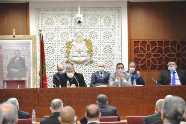 رسمي …لجنة الداخلية تمرر مقترح القاسم الانتخابي على أساس المسجلين
