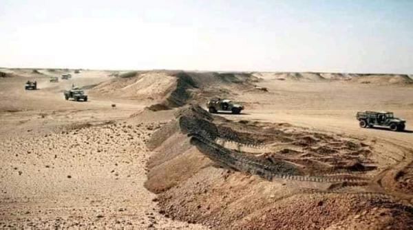"""الجيش المغربي يقتحم المنطقة العازلة لبناء جدار جديد في أفق محاصرة عصابة """"البوليساريو"""""""