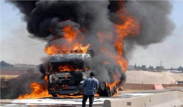 إنقلاب شاحنة كبيرة وإحتراقها بالطريق السيار أكادير